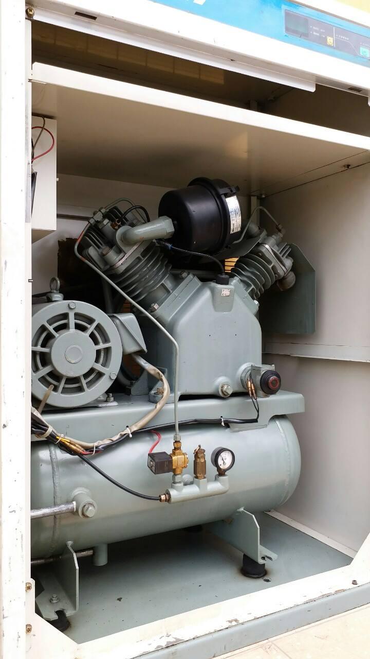 Máy nén khí cũ nhật Hitachi 5HP